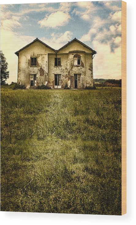 Creepy Wood Print featuring the photograph Creepy Derelict House by Innershadows Photography