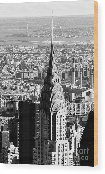 New York City Chrysler Building Wood Print featuring the photograph Crysler Building In New York City by Terri Morris