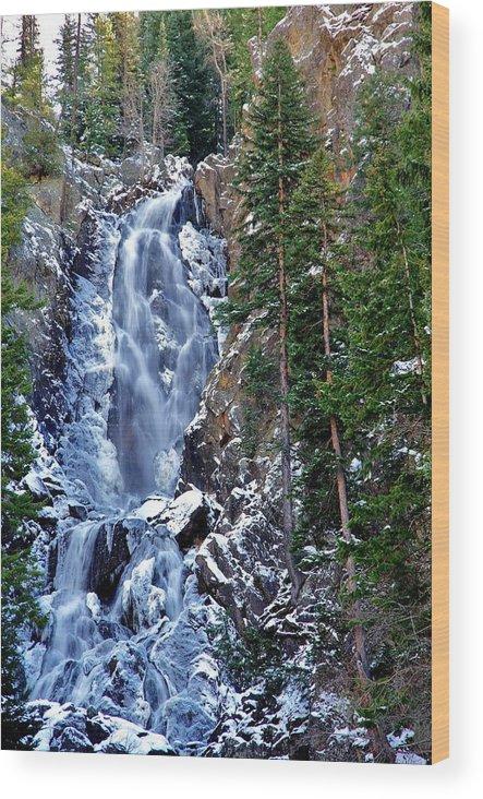 Fish Creek Falls Wood Print featuring the photograph Falls Freezing by Matt Helm