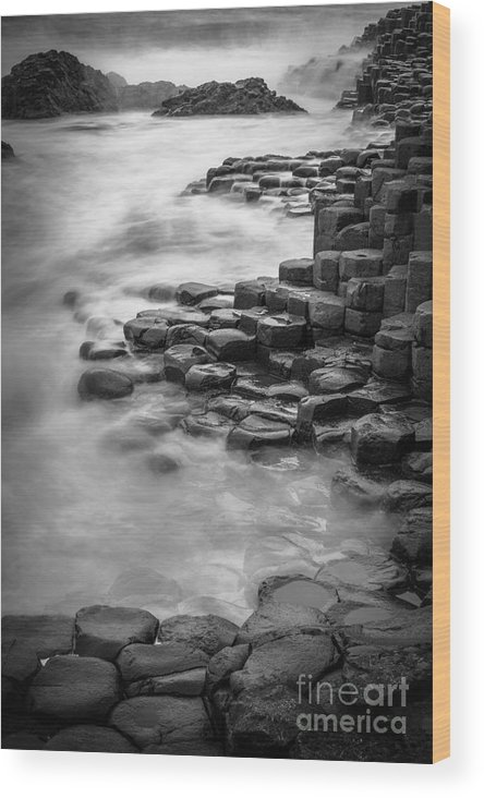 B&w Wood Print featuring the photograph Giant's Causeway Waves by Inge Johnsson