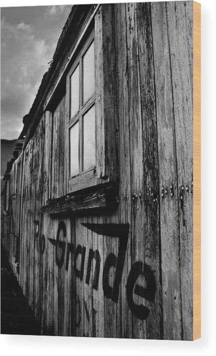 Rio Grande Wood Print featuring the photograph Old Box Car by Calvin Davenport