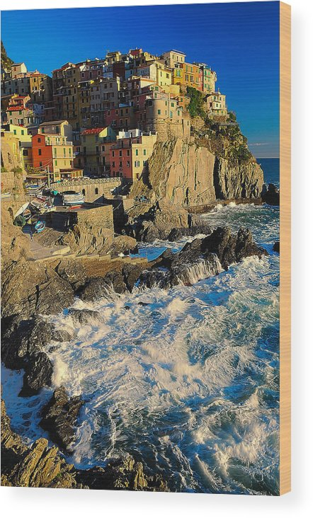 Italy Wood Print featuring the photograph Rough Seas by Jim Southwell