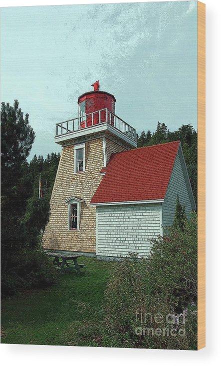 Saint Martin's Wood Print featuring the photograph Saint Martin's Lighthouse 2 by Kathleen Struckle