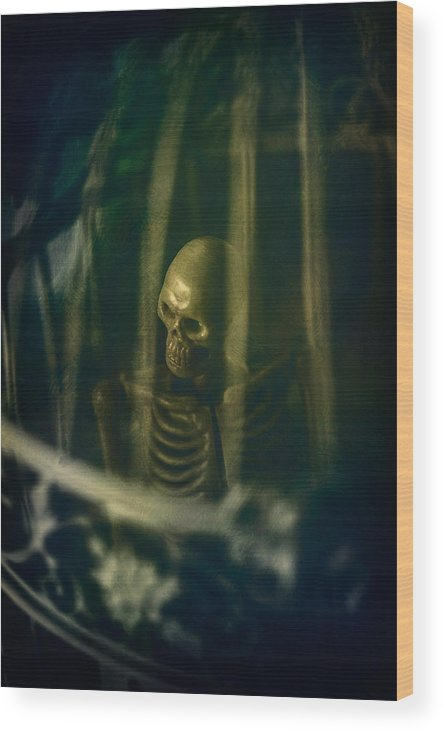 Skeleton Wood Print featuring the photograph Spooky Skeleton by Innershadows Photography