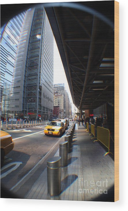 Rogerio Mariani New York Wood Print featuring the photograph Street Nyc by Rogerio Mariani