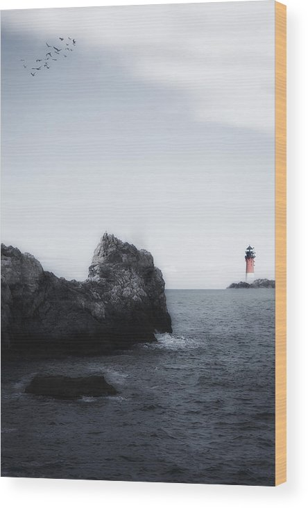 Sea Wood Print featuring the photograph The Lighthouse by Joana Kruse