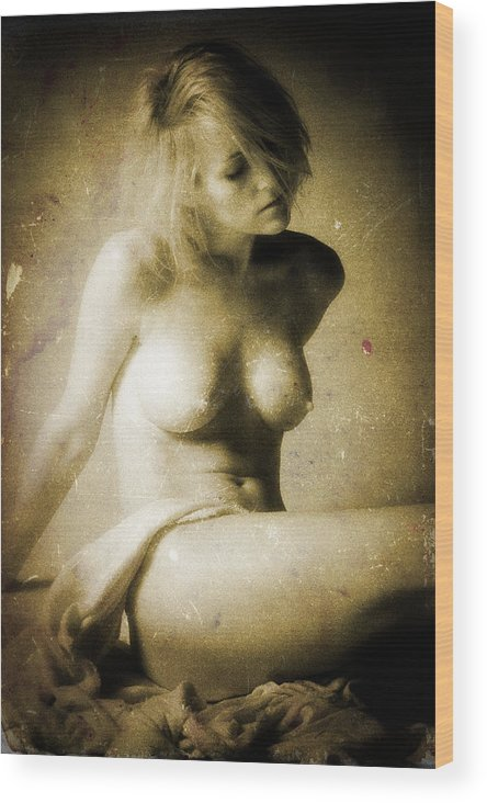 Female Wood Print featuring the photograph Timeless Form Of Beauty by Timothy Bischoff