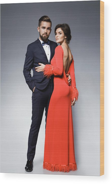 161f18e7c652 Heterosexual Couple Wood Print featuring the photograph Woman In Beautiful Red  Dress And Man Wearing Blue