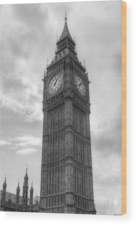 Big Ben Wood Print featuring the photograph Big Ben by Chris Day