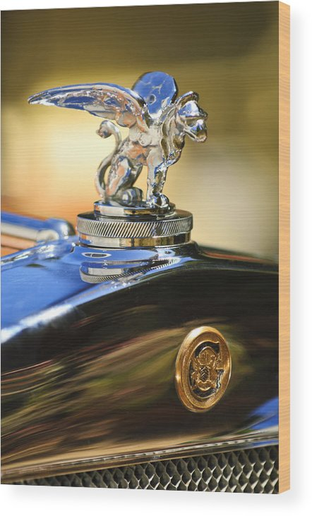 1929 Gardner Series 120 Eight-in-line Roadster Wood Print featuring the photograph 1929 Gardner Series 120 Eight-in-line Roadster Hood Ornament by Jill Reger