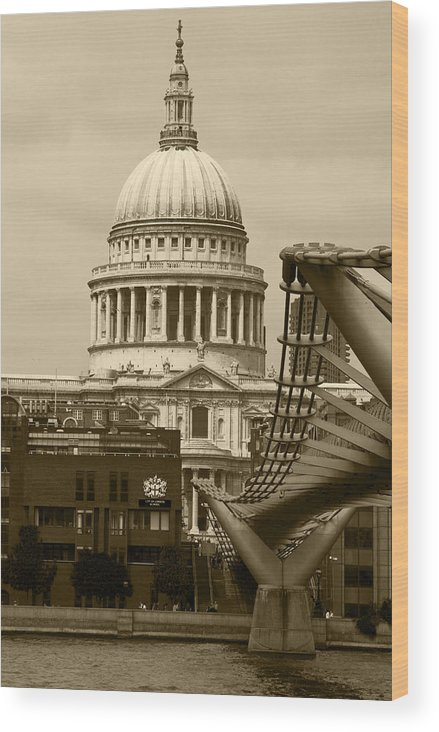 St Pauls Wood Print featuring the photograph St Pauls Cathedral At London Attractions by David French