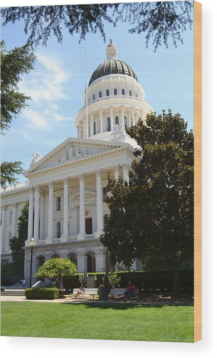 Sacramento Wood Print featuring the photograph California Capitol by Bob Rowell