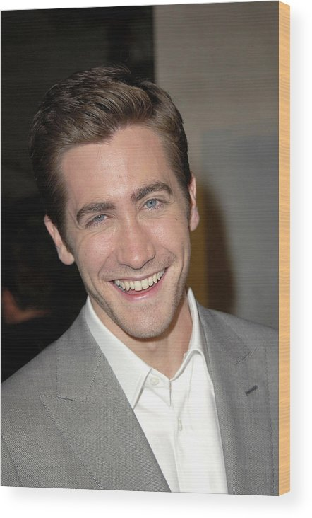 Jarhead Premiere Wood Print featuring the photograph Jake Gyllenhaal At Arrivals For Jarhead by Everett