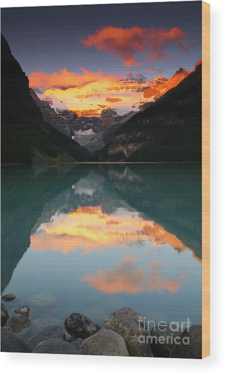 Alberta Wood Print featuring the photograph Lake Louise Sunrise by Ginevre Smith