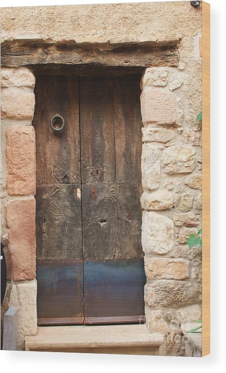 Door Wood Print featuring the photograph Old Door With Knocker by Dennis Curry