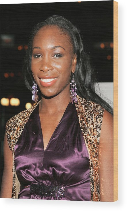Hitch Premiere Hosted By Sony A Wood Print featuring the photograph Venus Williams At Arrivals For Hitch by Everett
