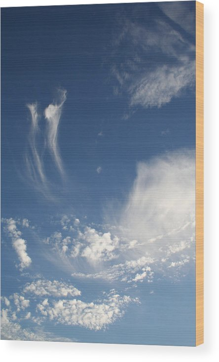 Sky Wood Print featuring the photograph Sky Dance by Brande Barrett