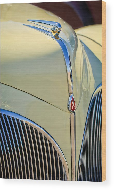 1941 Lincoln Continental Cabriolet V12 Wood Print featuring the photograph 1941 Lincoln Continental Cabriolet V12 Grille by Jill Reger