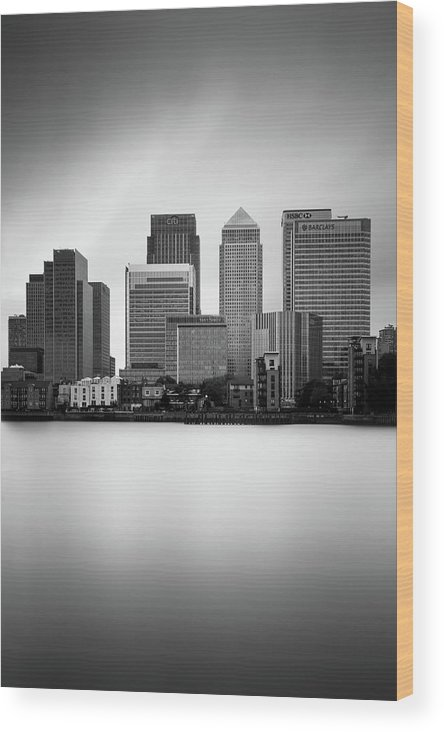 Canary Wharf Wood Print featuring the photograph Canary Wharf II, London by Ivo Kerssemakers