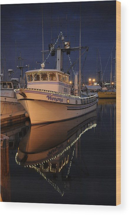 Fishing Wood Print featuring the photograph Christmas Wenona by Alasdair Turner