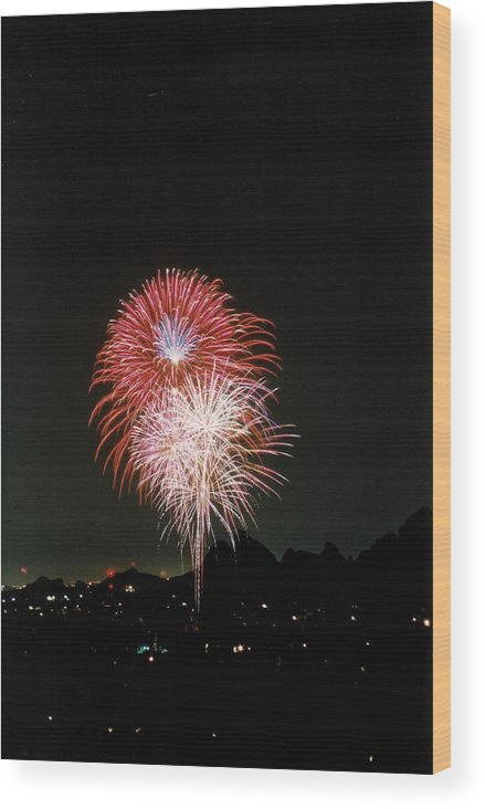 Fireworks Wood Print featuring the photograph Desert Fireworks by Cathy Franklin