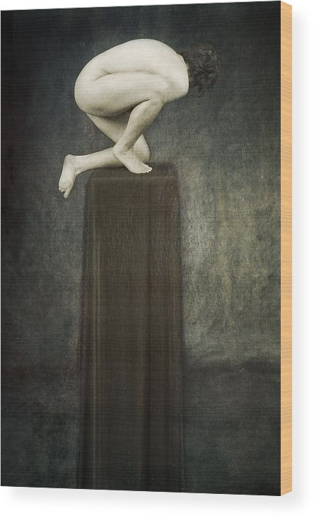 Wood Print featuring the photograph Discobolus by Zygmunt Kozimor