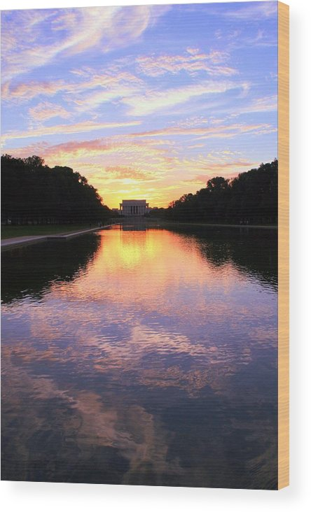 Washington D.c. Wood Print featuring the photograph Dream by Mitch Cat