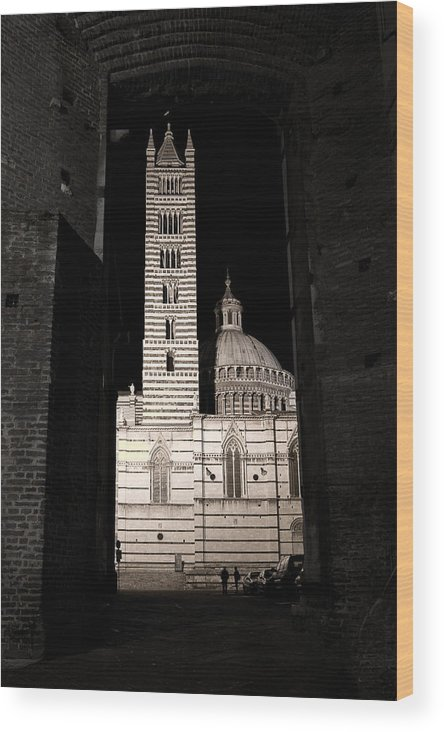Italy Wood Print featuring the photograph Duomo Di Siena by Carl Jackson