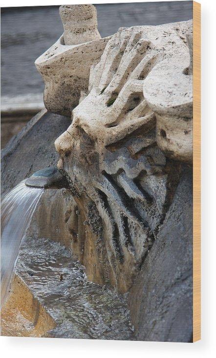 Italy Wood Print featuring the photograph Fontana Della Barcaccia Sun by Alan Zeleznikar
