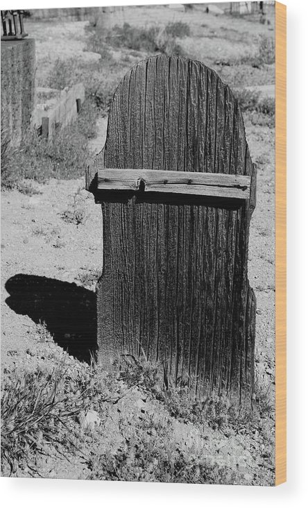 Gravestone Wood Print featuring the photograph Gone And Forgotten by Leia Hewitt