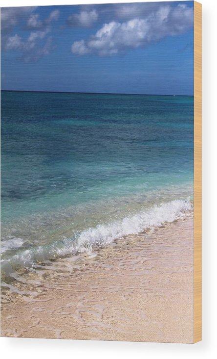Beach Wood Print featuring the photograph Grand Turk Ocean Beauty by Robert Smith