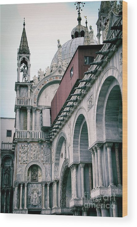 Kasia Wood Print featuring the photograph Magical Venice by Mariola Bitner