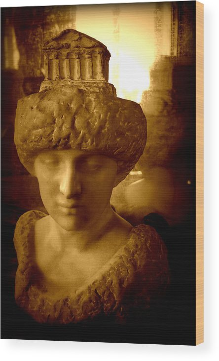 Sculpture Wood Print featuring the photograph Pallas Au Parthenon by Susie Weaver