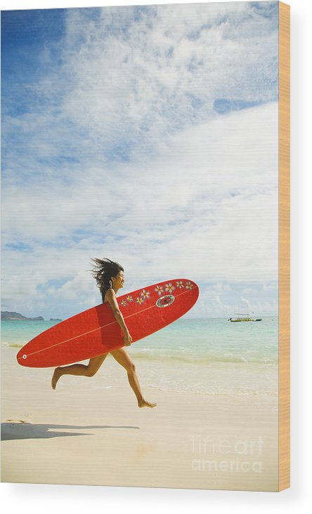 Afternoon Wood Print featuring the photograph Running With Surfboard by Dana Edmunds - Printscapes