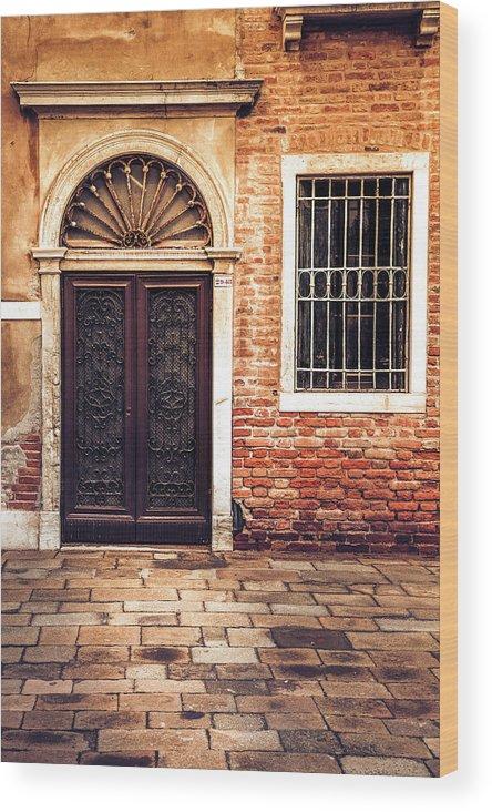 Venice Wood Print featuring the photograph Venice Door by Andrew Soundarajan