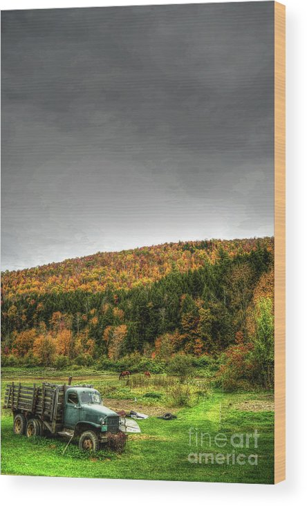 Wood Print featuring the photograph Vermont Truck by David Paul