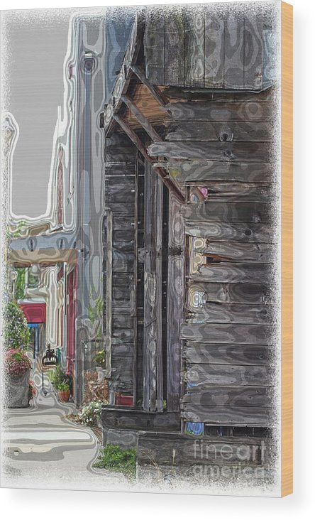 Old Towns Wood Print featuring the photograph Walking Old Town by Lori Mellen-Pagliaro