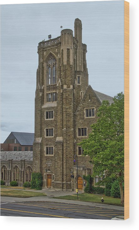 Cornell University Wood Print featuring the photograph War Memorial Lyon Hall Cornell University Ithaca New York 03 by Thomas Woolworth