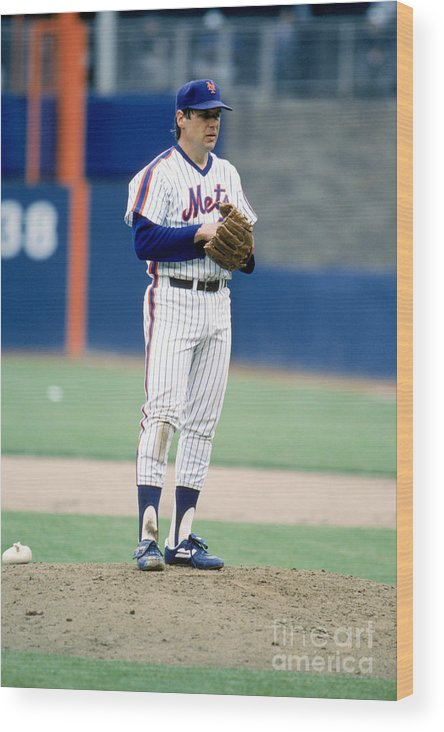 Tom Seaver Wood Print featuring the photograph Mlb Photos Archive 80 by Rich Pilling