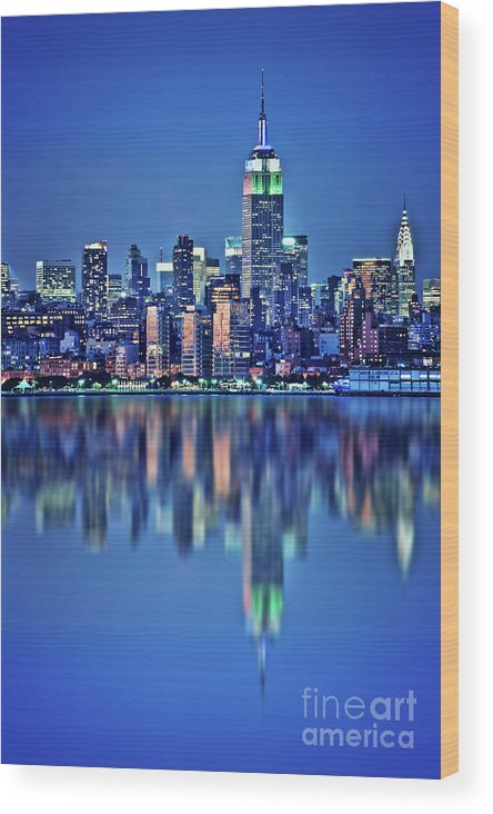 New York Wood Print featuring the photograph Empire State Building by Delphimages Photo Creations