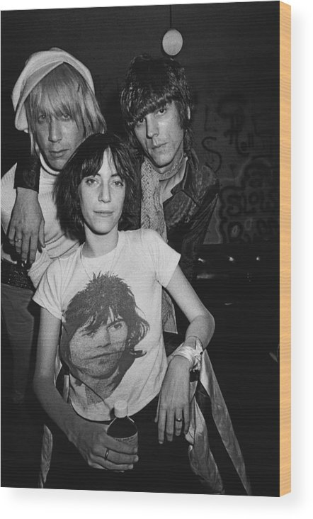 Rock Music Wood Print featuring the photograph Patti Smith Backstage At The Whisky by Michael Ochs Archives