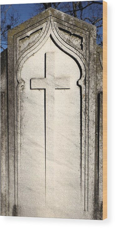 Grave Site Cross Monument Wood Print featuring the photograph Cross Monument by Julie Lee