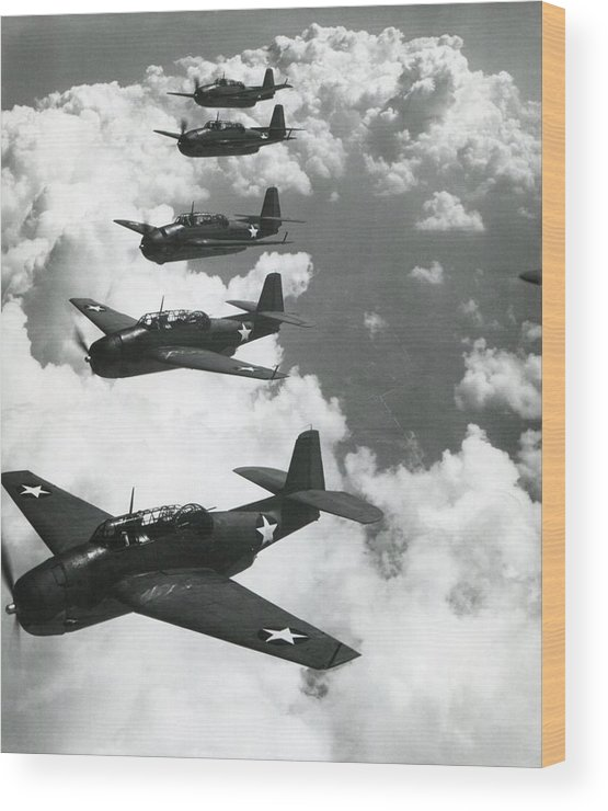 History Wood Print featuring the photograph Tbf Torpedo Fighter Bombers Avengers by Everett