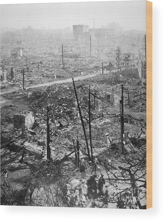 1923 Wood Print featuring the photograph Tokyo Earthquake, 1923 by Granger