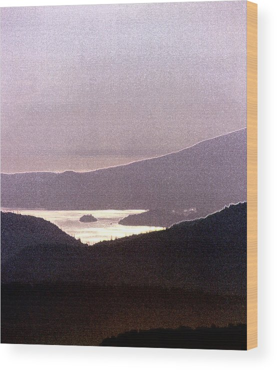 West Coast Wood Print featuring the photograph West Coast Mountain Sunset 2 Ae 24 by Lyle Crump
