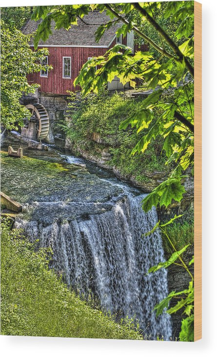 Hdr Wood Print featuring the photograph Falls.. by Les Lorek