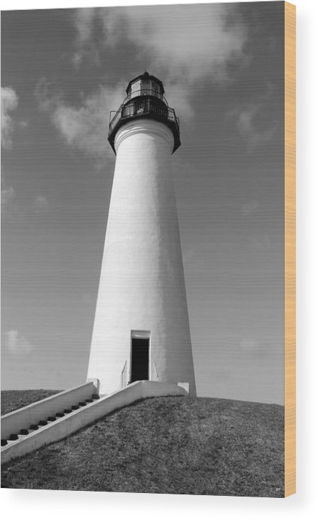 Grass Wood Print featuring the photograph Lighthouse Black And White by Brooke Fuller