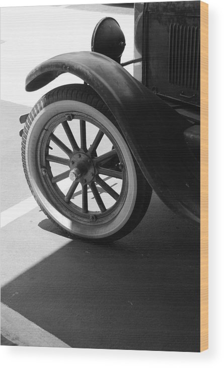 Black And White Wood Print featuring the photograph 1926 Model T Ford by Rob Hans
