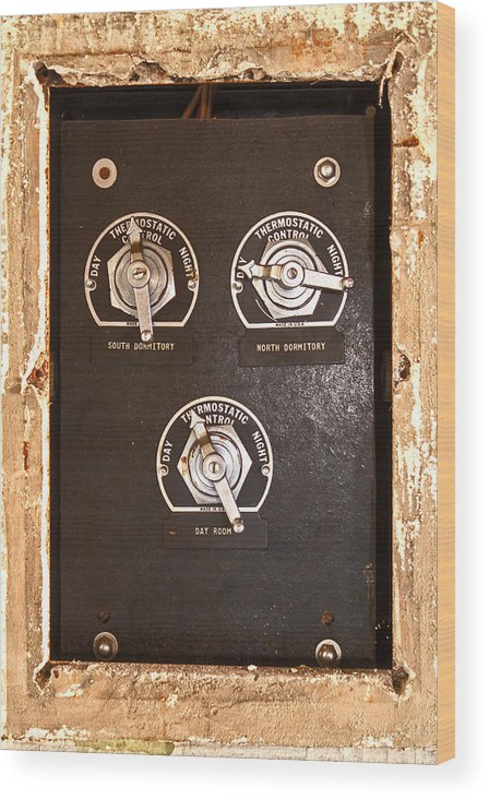 Thermostatic Control Wood Print featuring the photograph Climate Control by Michael Porchik