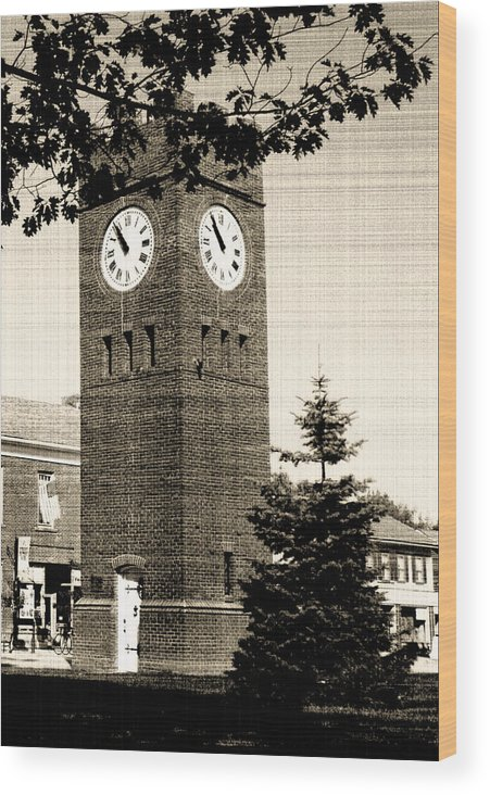 Hudson Wood Print featuring the photograph Days Gone By by Kenneth Krolikowski